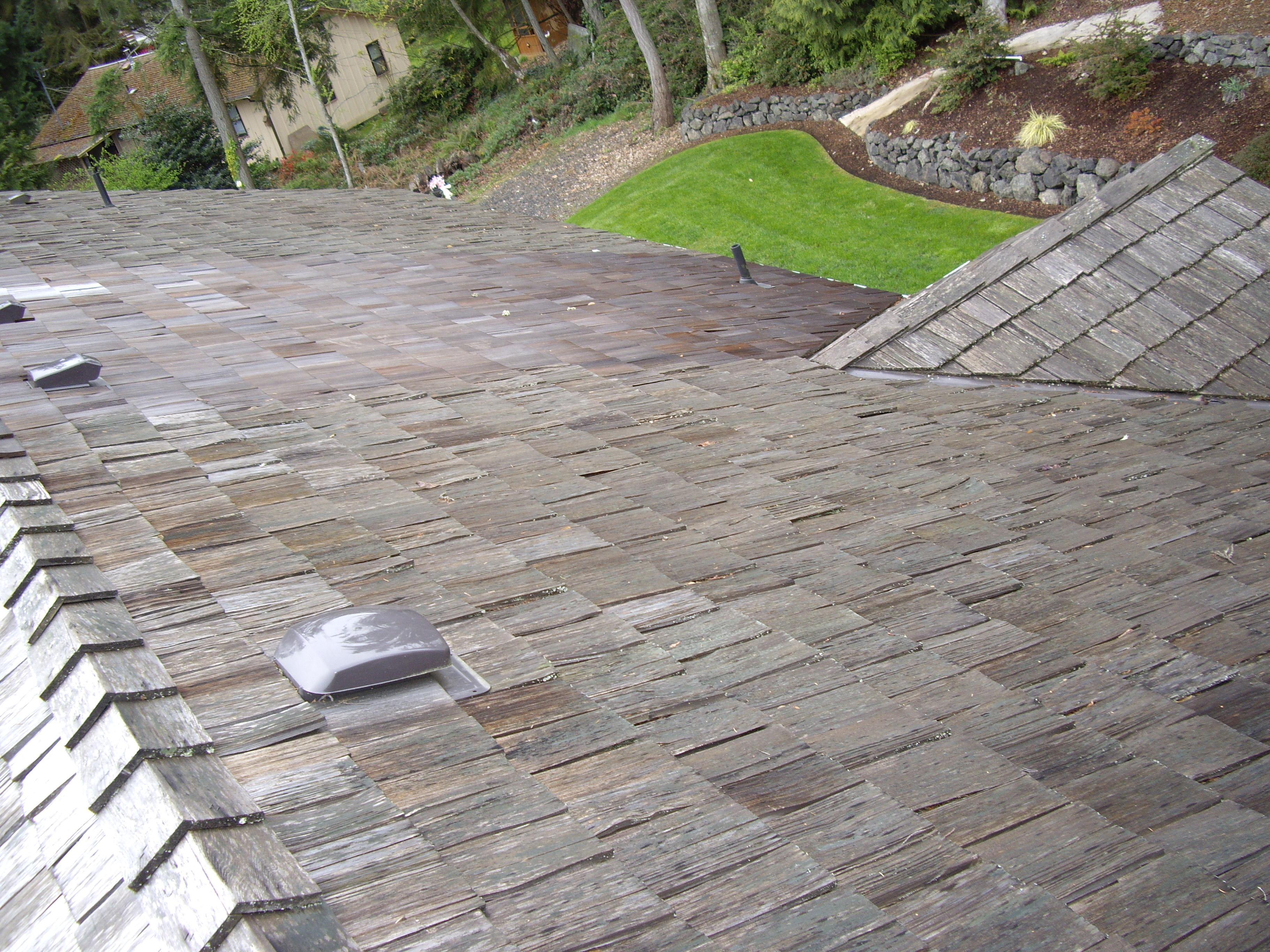 Roof replacement, cleaning services in Seattle. Get affordable pricing and quality services today