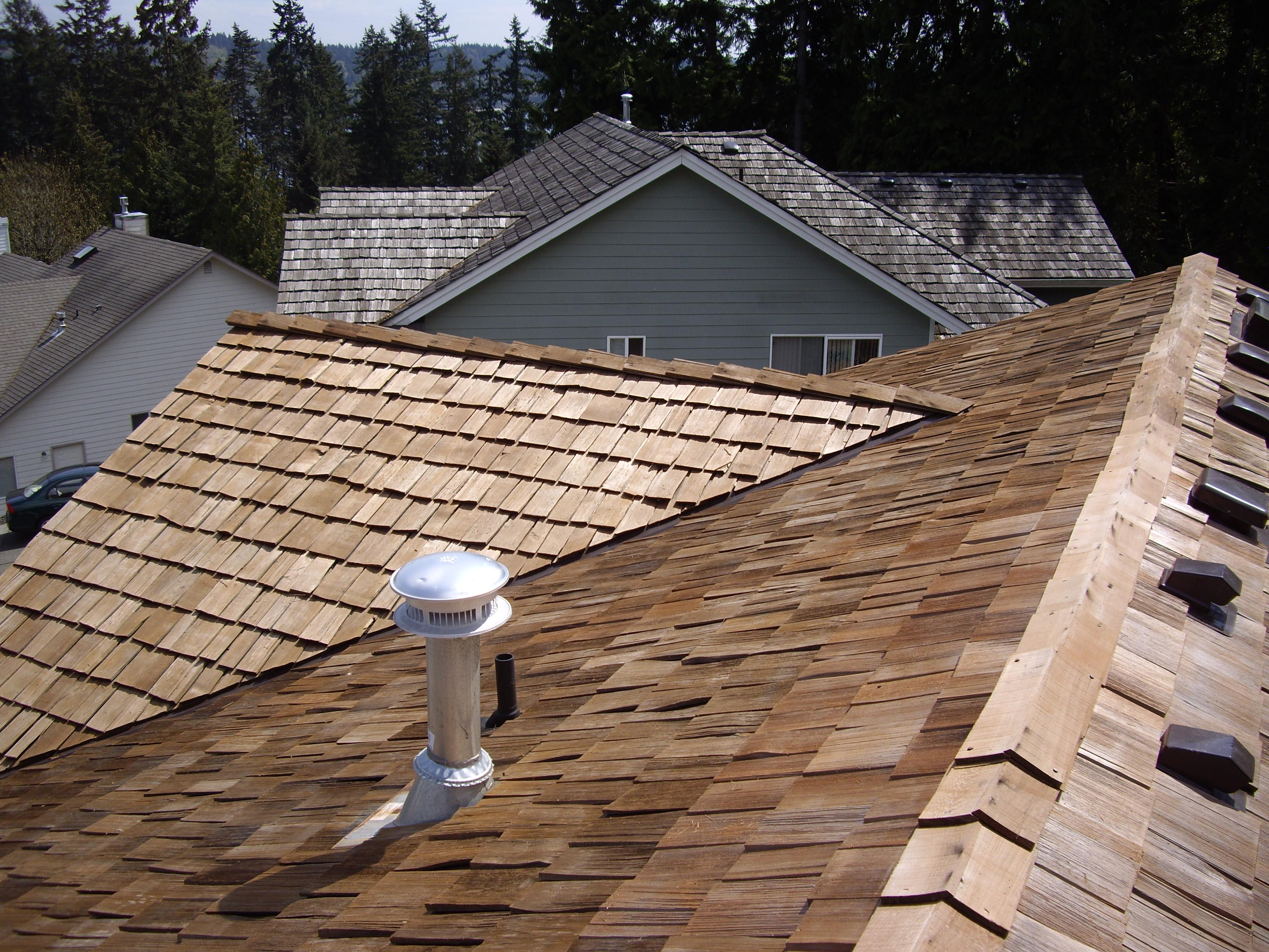 Roof improvement services in Seattle. Roof replacement services providers with excellent portfolio. Try us now